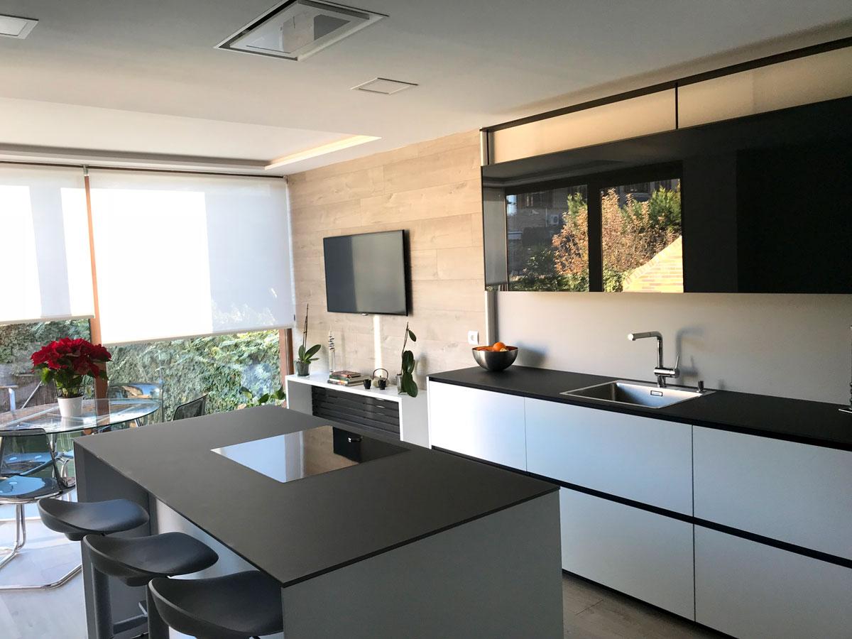 Ampliacion-de-vivienda-en-boadilla-del-monte—cocina-vista-seis