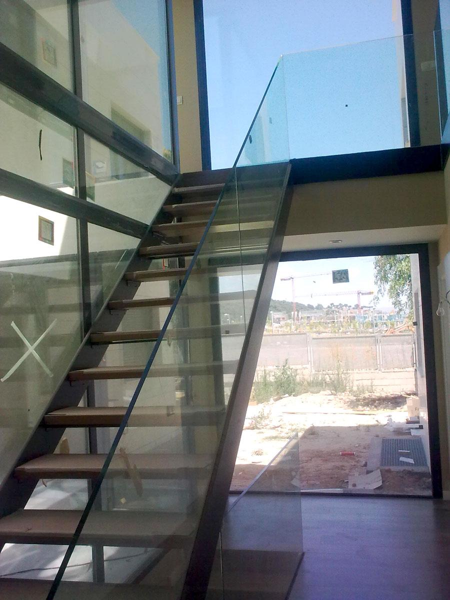 Unifamiliar-Fuente-el-fresno-escalera