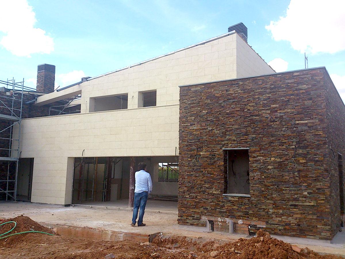 Vivenda-unifamiliar-en-meco-madrid-vista-exterior-obra