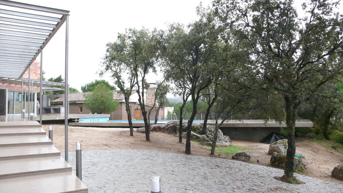 Vivienda-en-la-berzosa-exterior-piscina-2