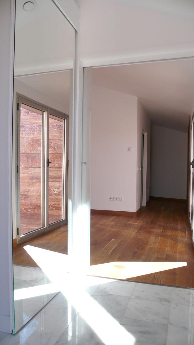 Vivienda-en-la-berzosa-interior-pasillo