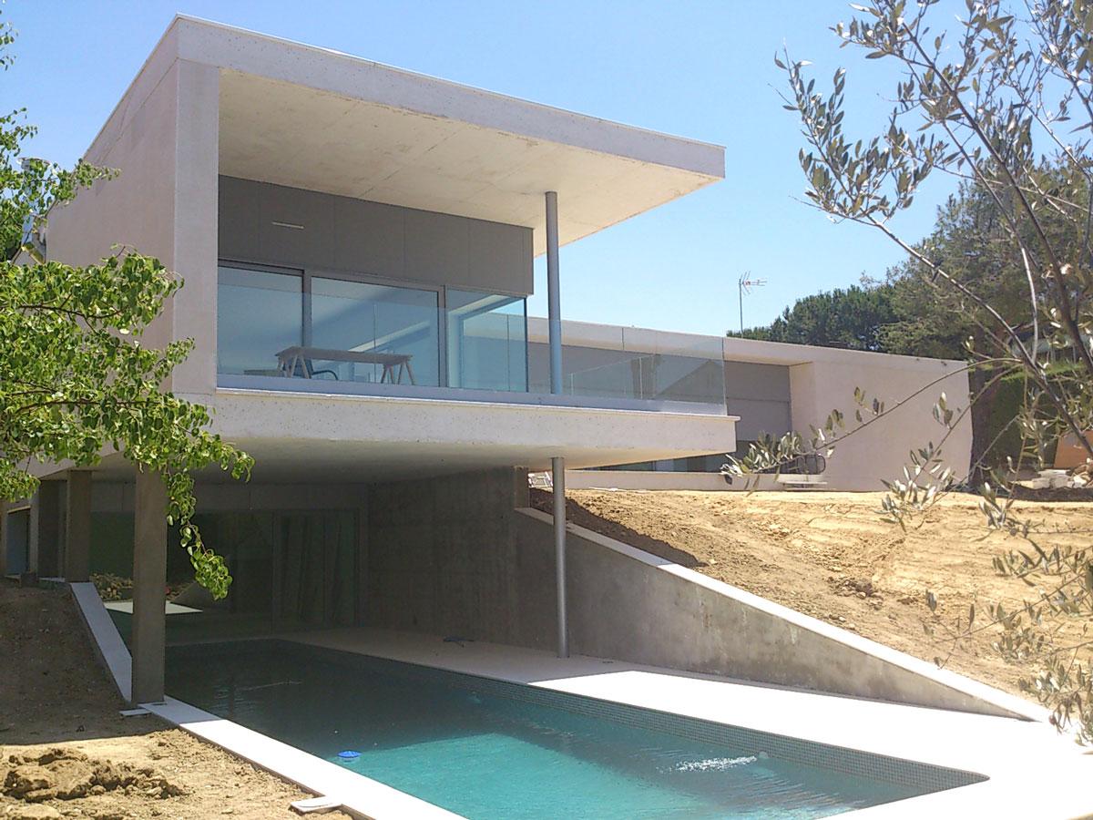 Vivienda-unifamiliar-en-Boadilla-del-Monte-exterior-piscina-dos